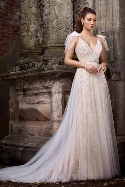 Martin-Thornburg_bridal_119267_Moira