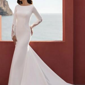 bridal-pronovias-Sea