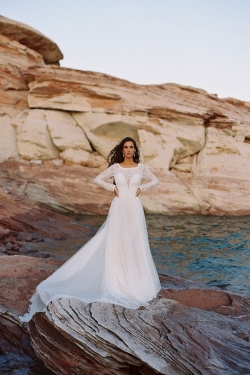Wilderly_Allure_destination_bridal_Cora_f187