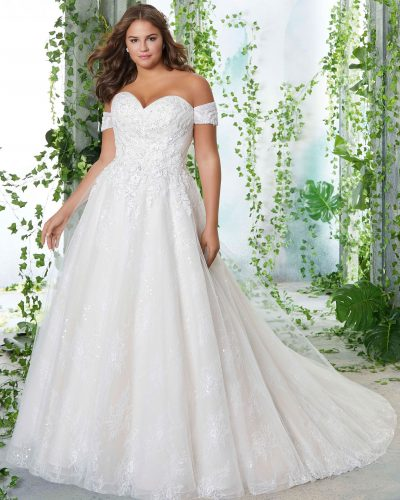morilee_bridal_plus_petunia